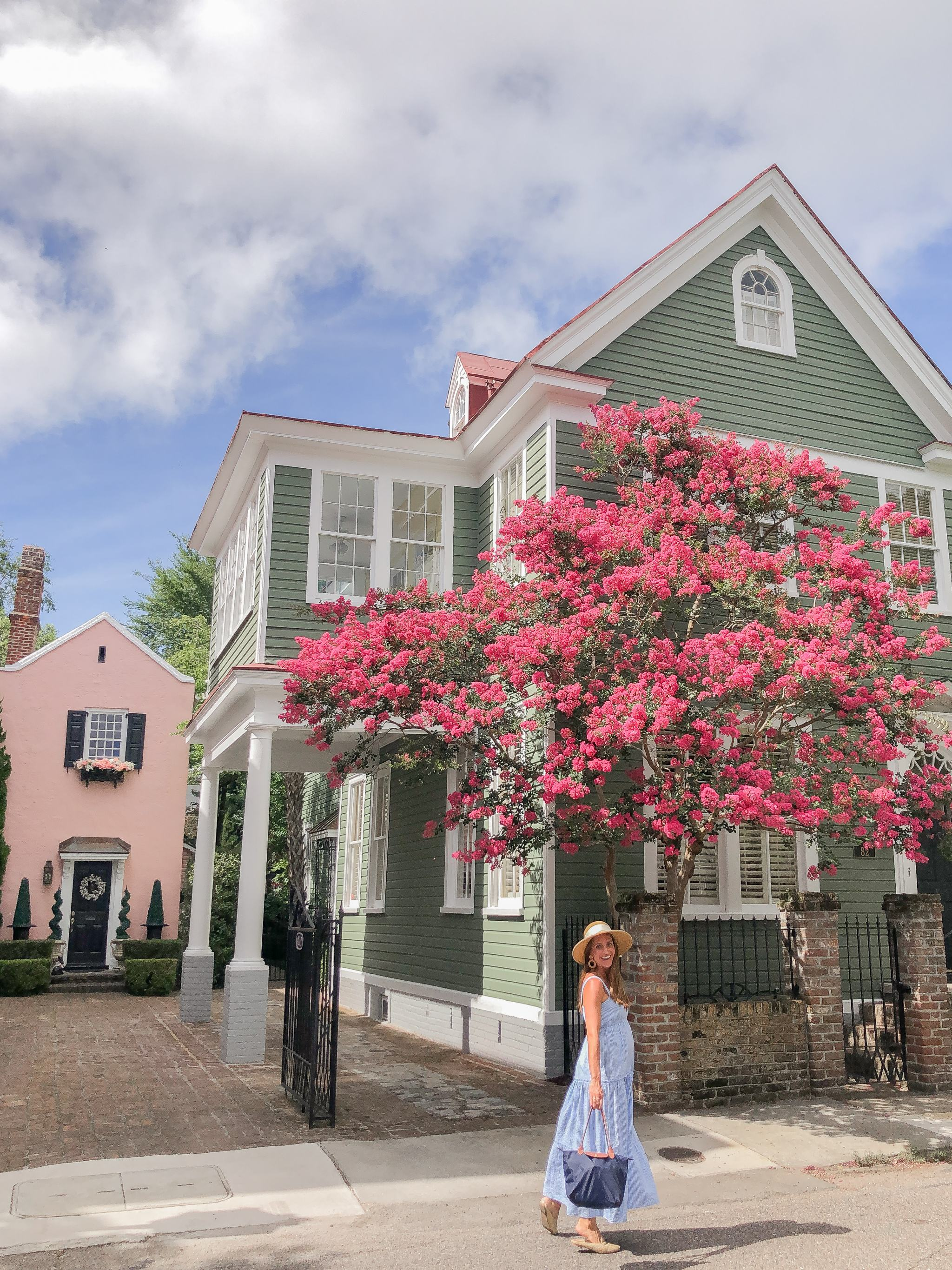 madison mathews maxi dress - tuckernuck packable bow sun hat - things to do in charleston - crepe myrtles in charleston - pink house in charleston - charleston pink house