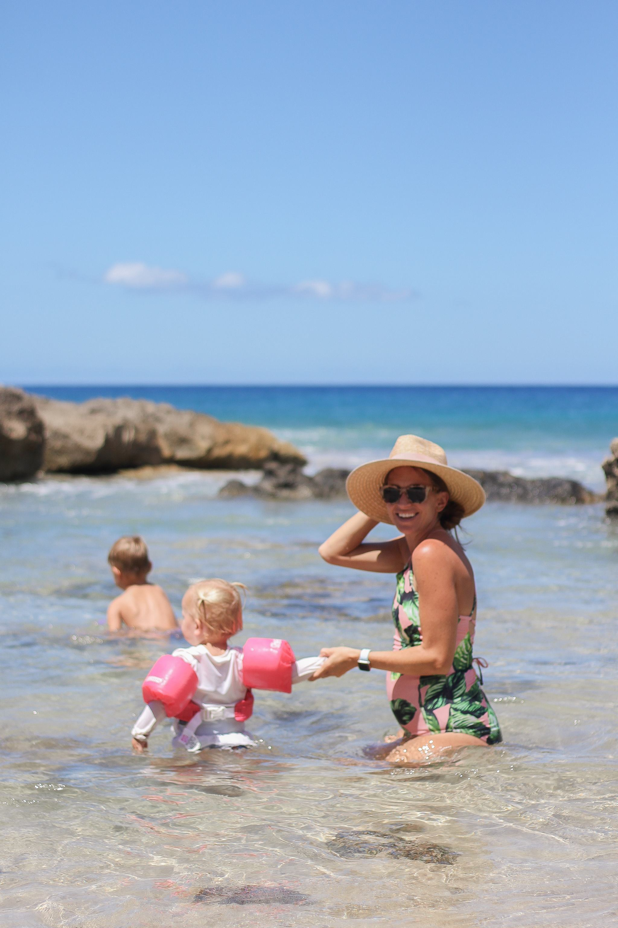 tips for the stay at home mom - how to stay sane as a stay at home mom - tips for the SAHM - toddler ideas - toddler life - mom life - toddler mom - makua beach - hawaii blogger - honolulu blogger - mom blogger
