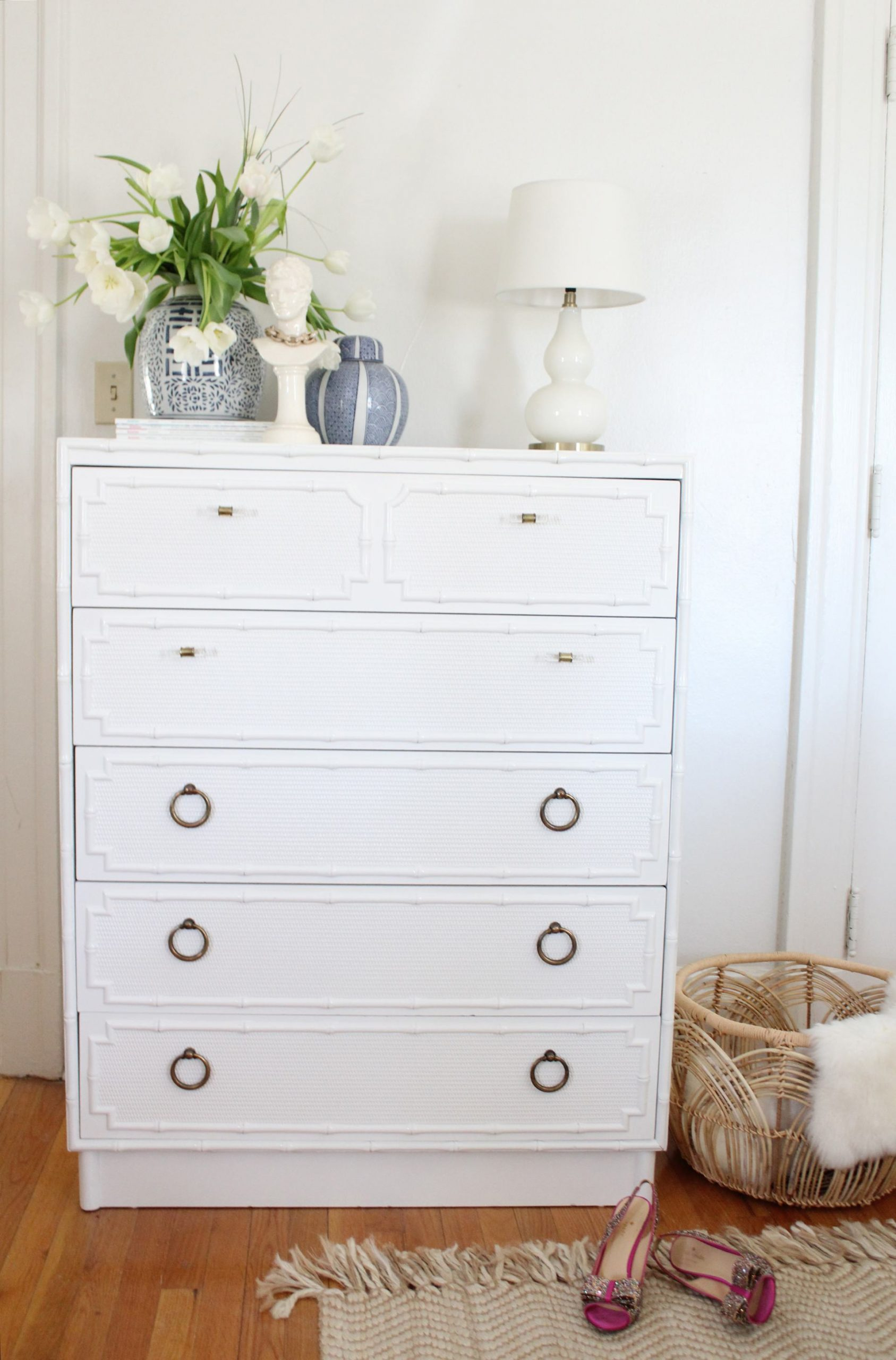 faux bamboo dresser - vintage dresser - chinoiserie dresser - furniture DIY - painted furniture - thrifted dresser - thrifted furniture - furniture before and after - palm beach chic - regency chic - vintage furniture DIY - chinoiserie chic style
