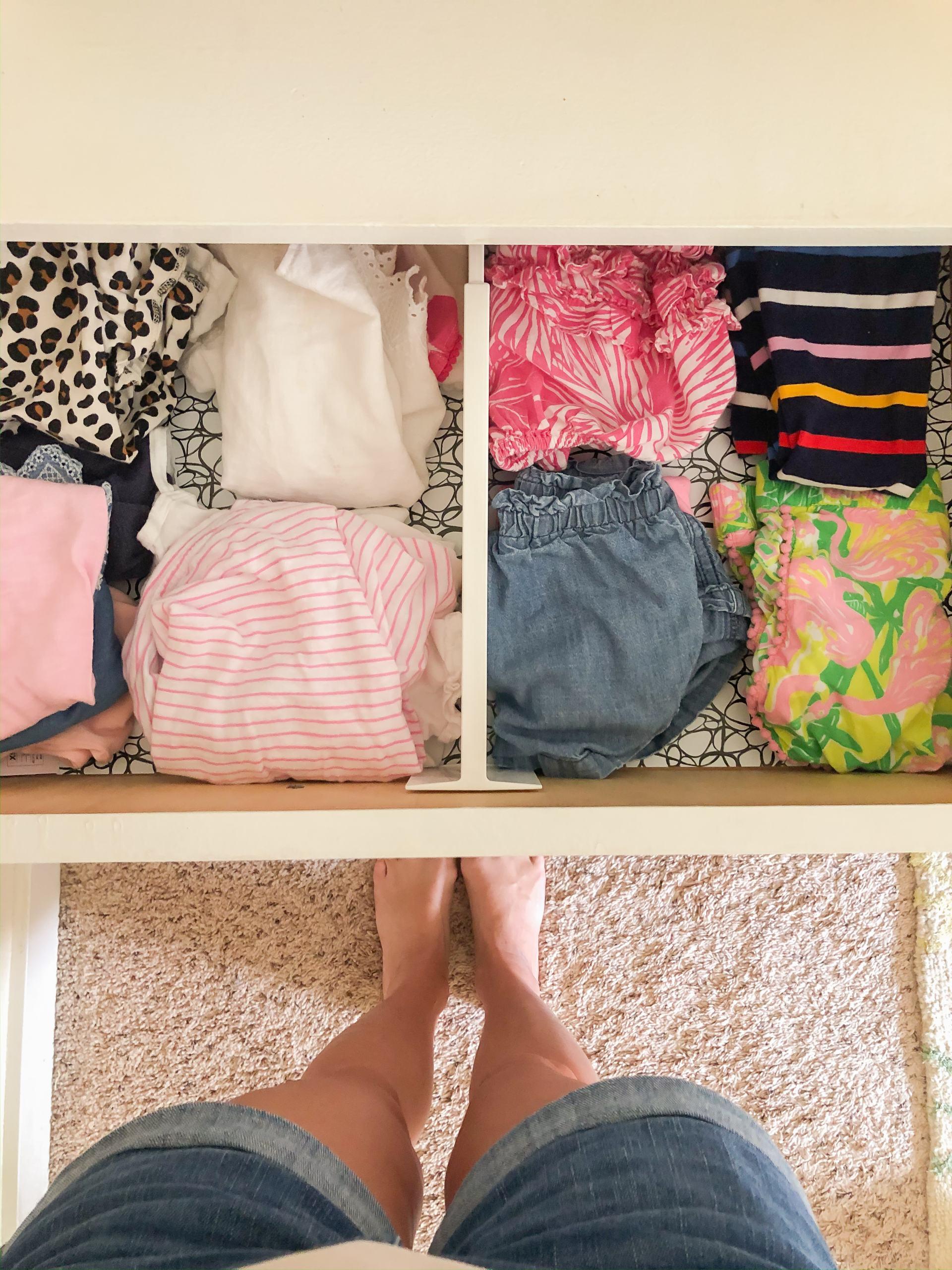 drawer divider - spring loaded drawer divider - mom hack - organization - drawer organization