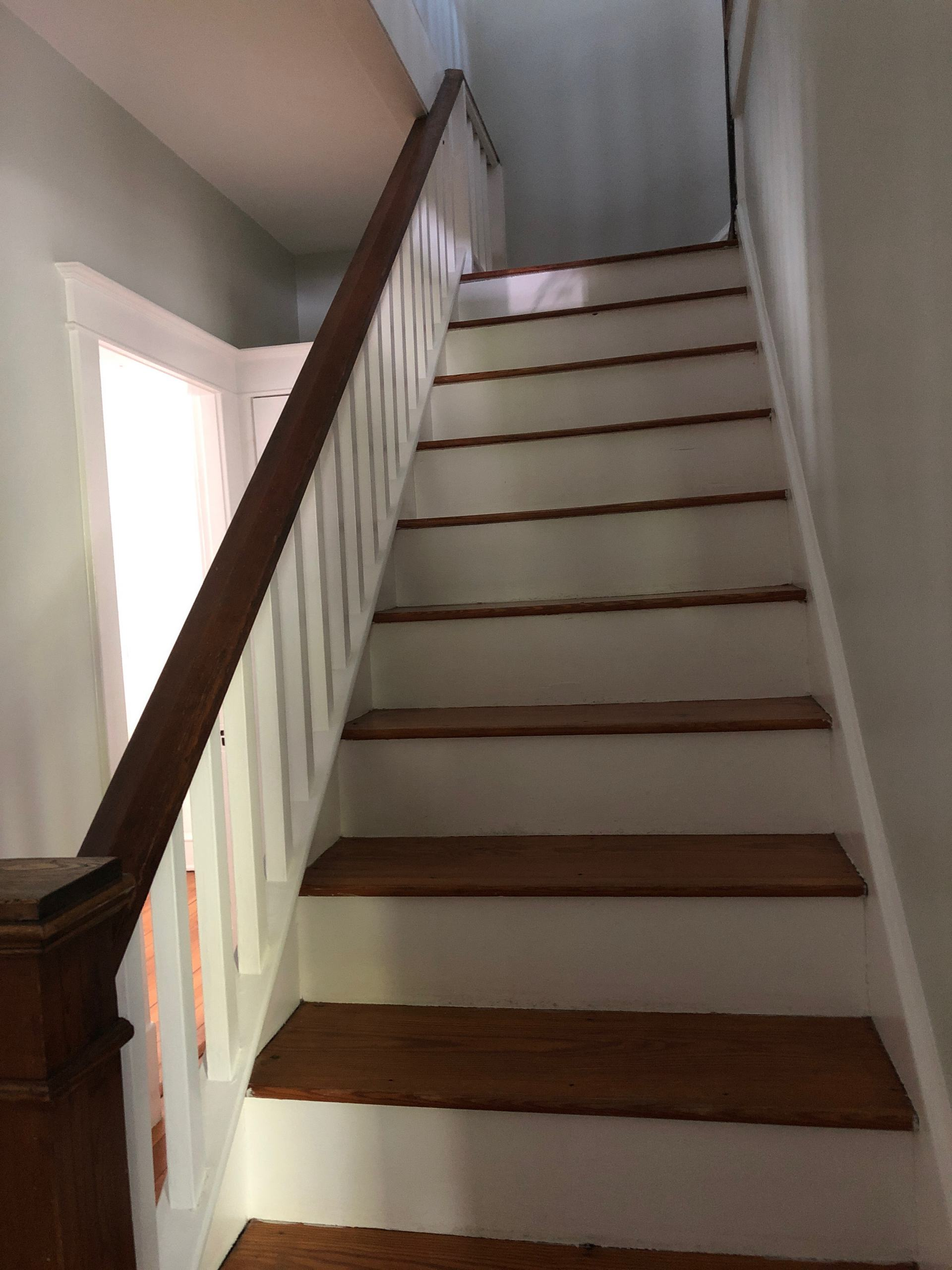 craftsman home staircase