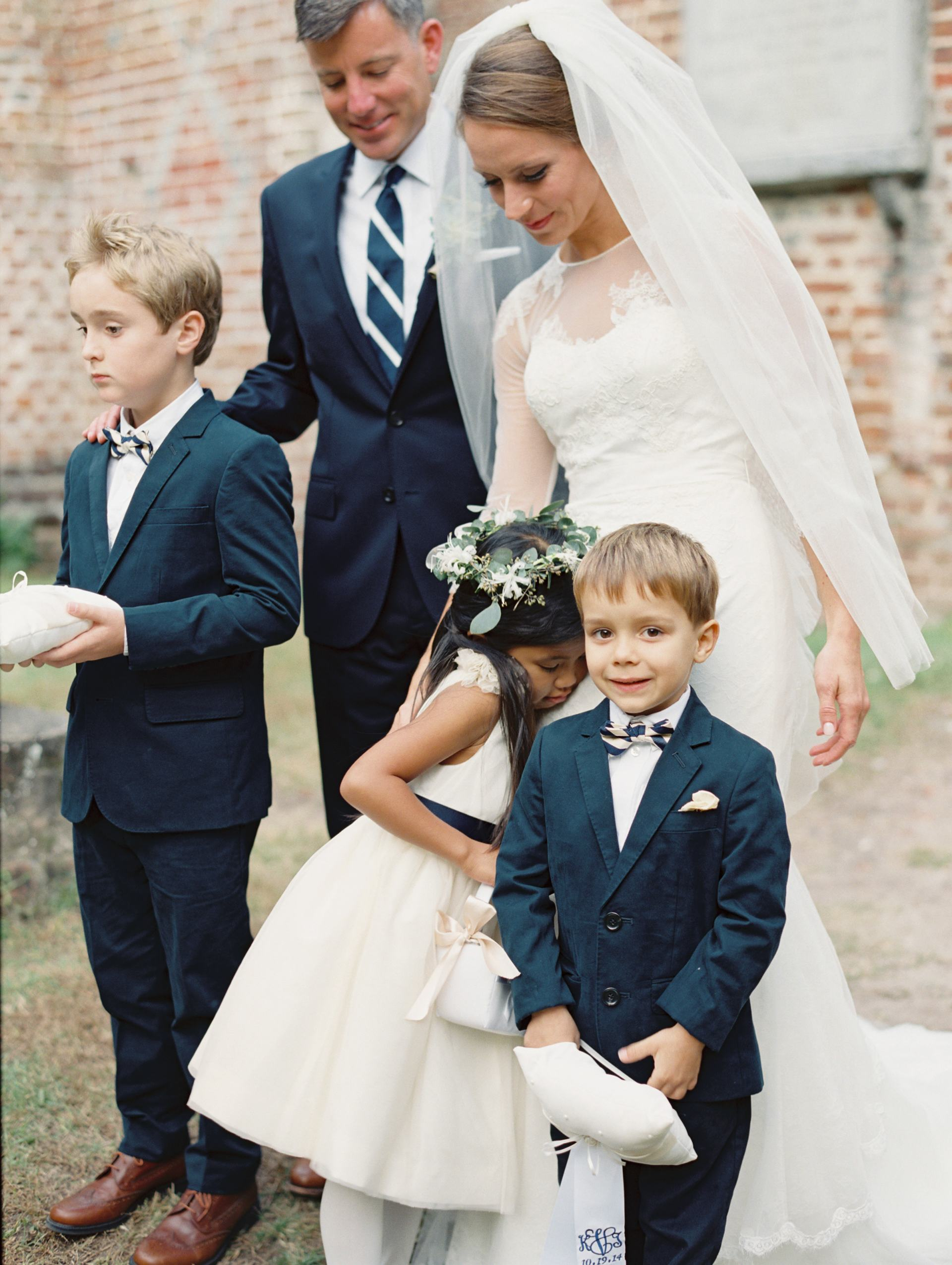 ring bearers and flower girl outfits