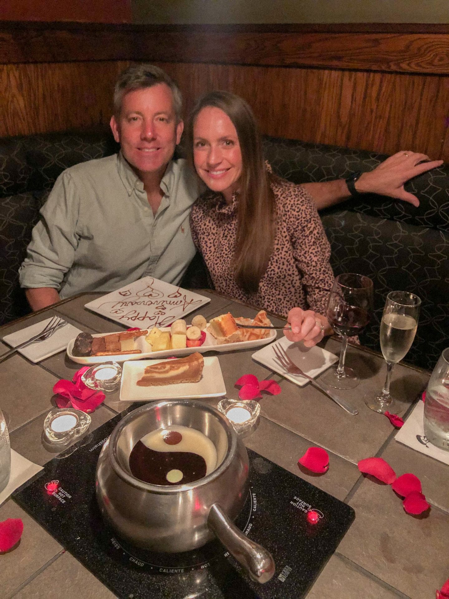 5 Ways We Carve Out Time For Our Marriage + A Romantic Thursdate Dinner at The Melting Pot