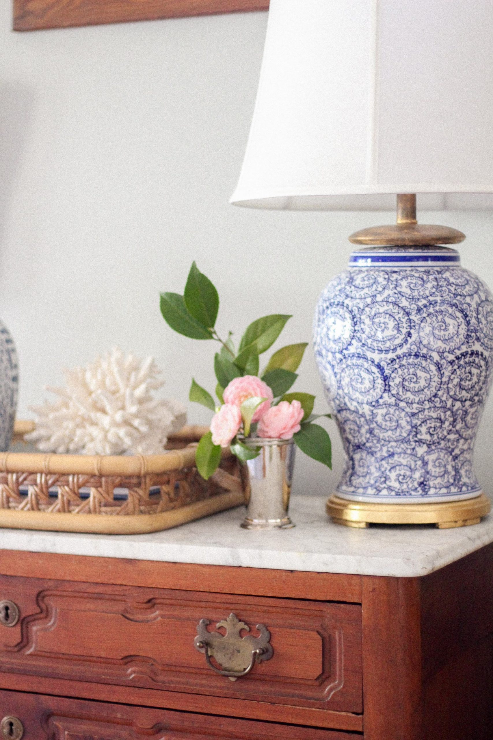 blue and white lamp rattan tray