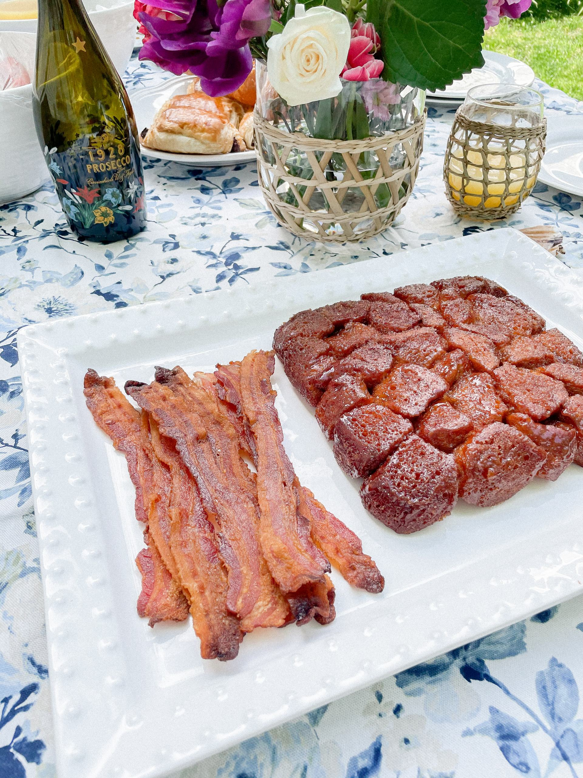 bacon and pull apart bread