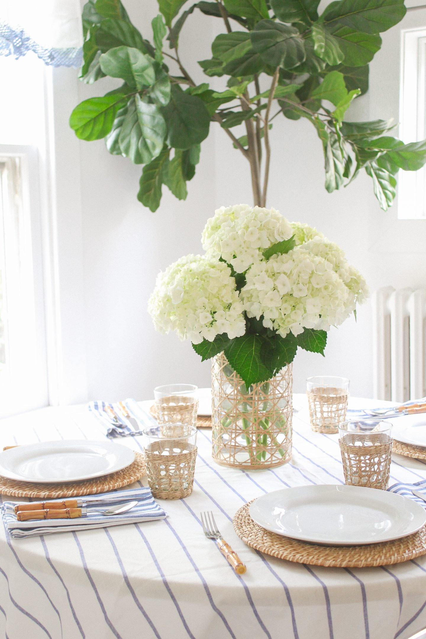 A Simple Blue and White Tablescape