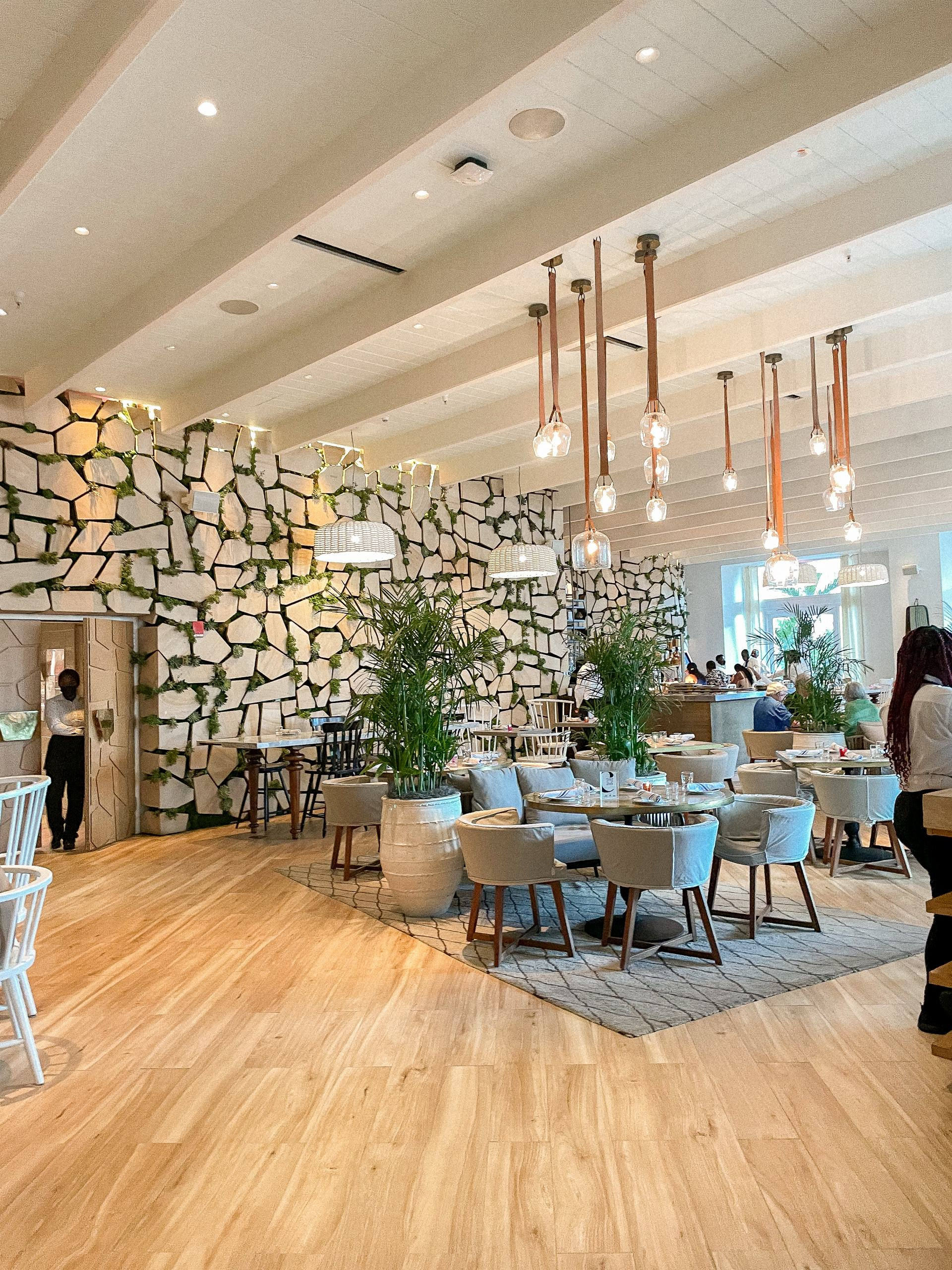 baha mar cleo restaurant - restaurants in nassau
