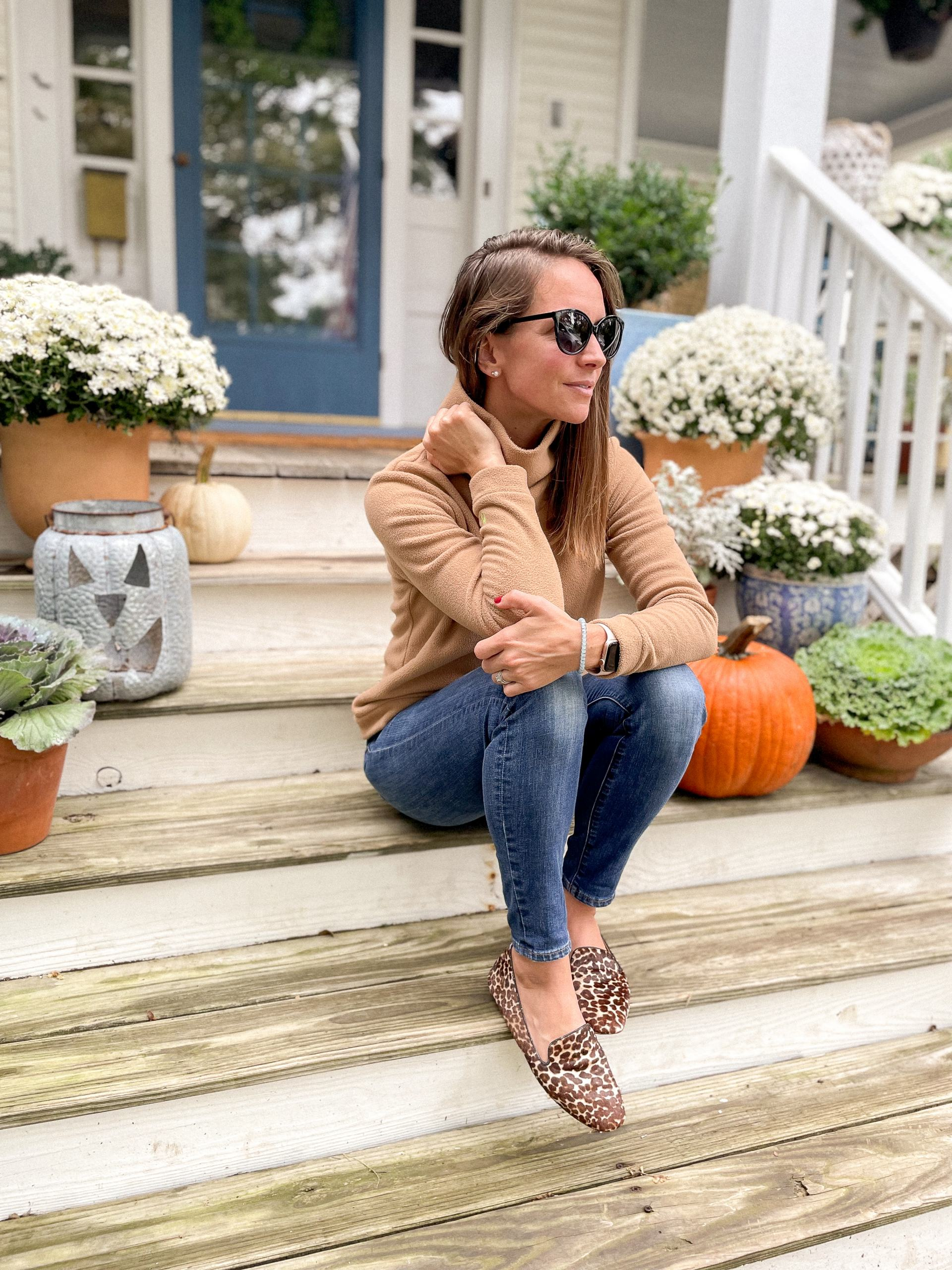 fall wardrobe staple investment pieces classic fall style
